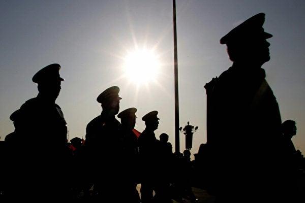 中共已陷入前所未有的窮途末路中,中共有可能轉移民眾視線、煽動民族情緒,以保黨、保住自己手中權力。(AFP/Getty Images)