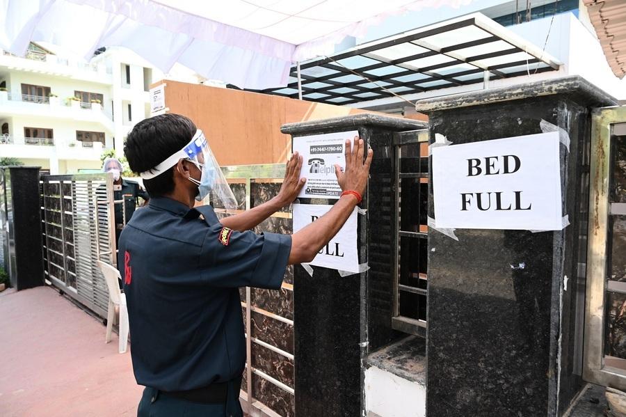 印度8旬老人染疫 自願讓出病床給年輕人
