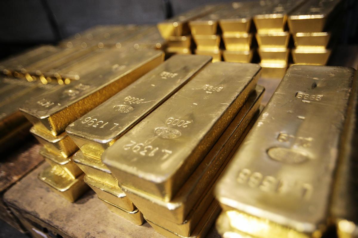 據悉,一本被曝光的希特拉日記中記載了二戰納粹11個藏寶地,包括一批黃金。(本圖與本文沒有關係)(SEBASTIAN DERUNGS/AFP)