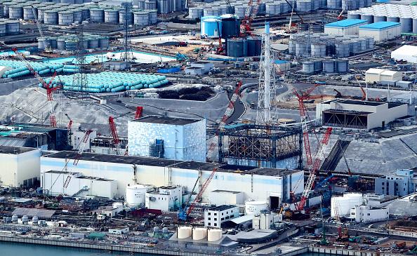 日本經濟產業省近日表示,處理福島第一核電站事故所涉及到的賠償和廢爐等費用預計將超20兆日元,是當初預計的2倍。圖為現在的福島第一核電站。(Getty Images)