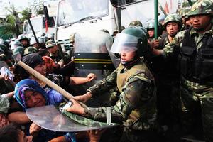 十五國大使向陳全國施壓 美考慮對其制裁