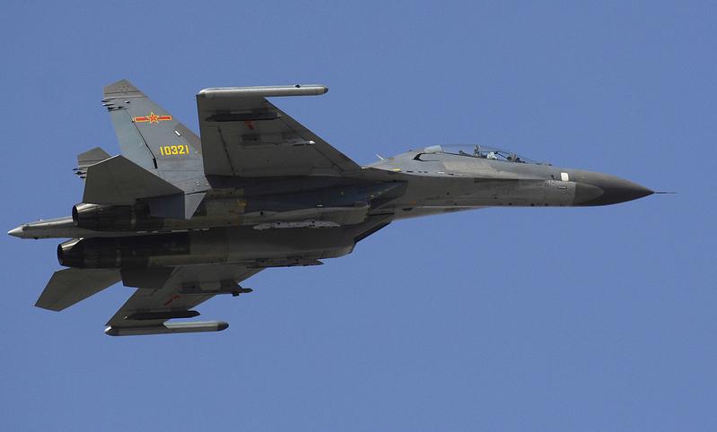 中共2架殲11戰機3月31日越過台灣海峽中線。(公有領域)。殲-11是獲得俄羅斯授權生產的Su-27SK戰機,由瀋陽飛機公司建立生產線。(公有領域)