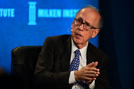 美國經濟學家史蒂芬‧羅奇(Stephen Roach)日前發懺悔文,內容透露出已修正對中國經濟前景的評估。(FREDERIC J. BROWN/AFP via Getty Images)