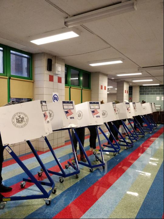邢天行:11月3日投票現場目擊感受