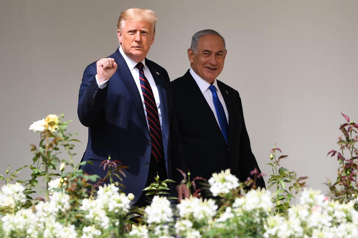特朗普總統9月15日表示,還有五六個國家有意與以色列關係正常化。(Photo by SAUL LOEB/AFP)