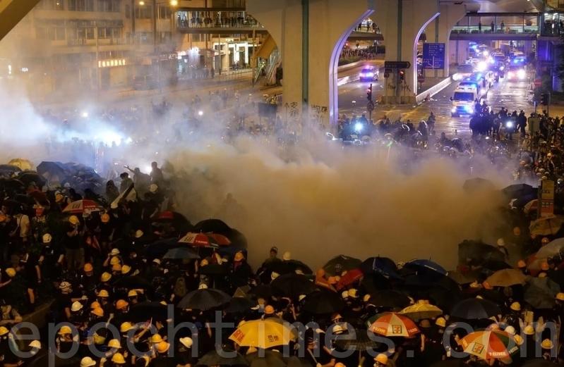 王友群:香港「暴」、「亂」的根源在中共