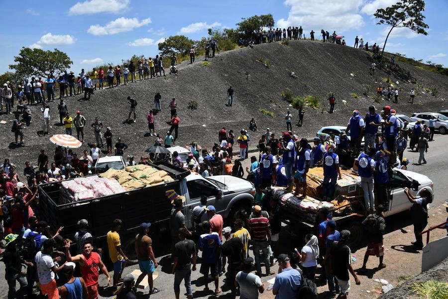 馬杜羅阻救援物資入境 暴力衝突致25人喪生
