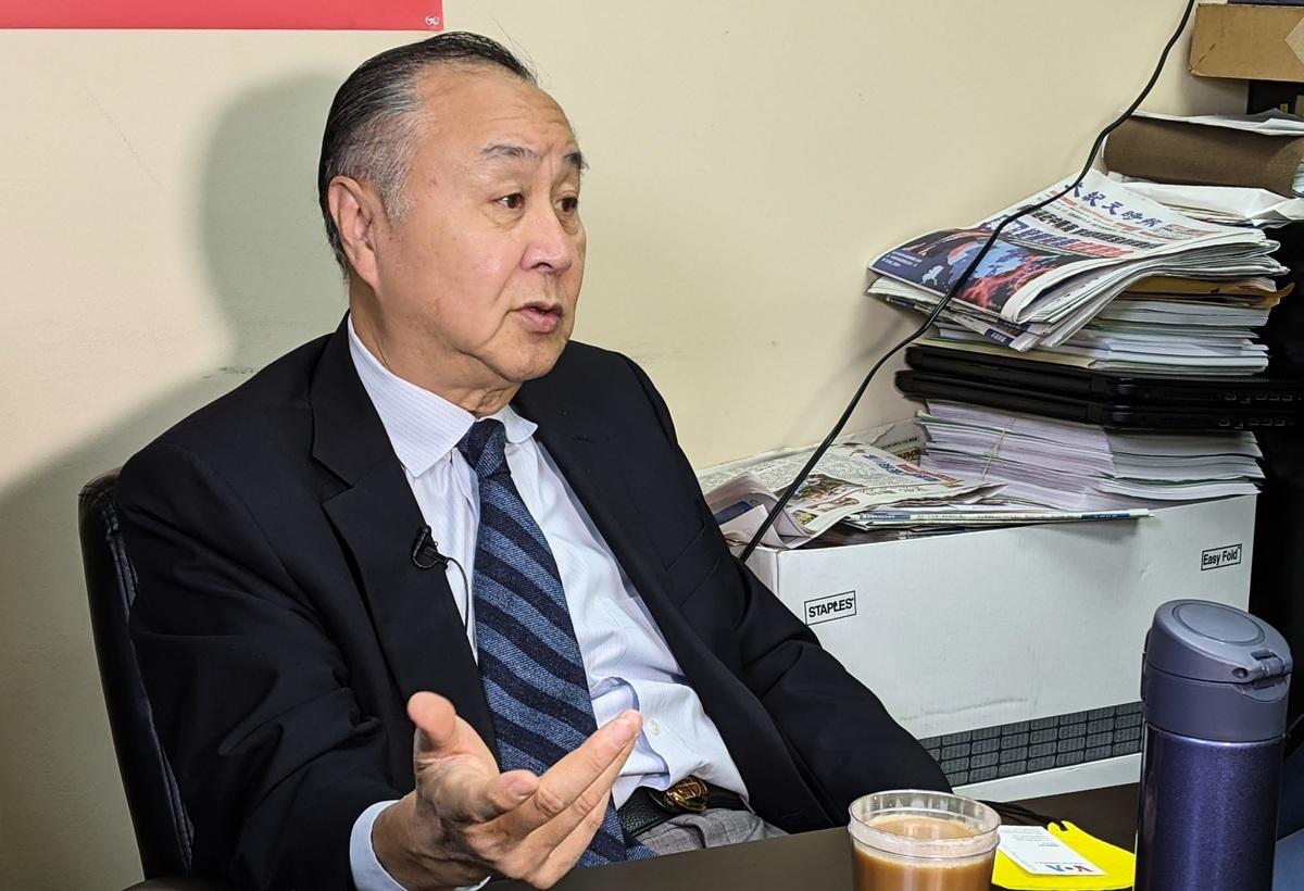 2021年1月25日袁弓夷接受大紀元採訪。(徐繡惠/大紀元)