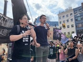 紐約反送中集會 親共團體鬧場 港人喊話