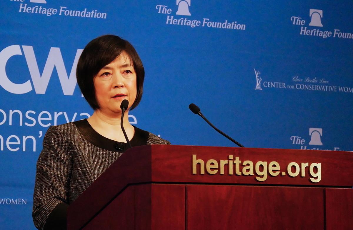 10月4日,法輪功學員曾錚受保守婦女組織(Conservative Women's Network)邀請,在華府智囊「傳統基金會」發表演講。(李辰/大紀元)