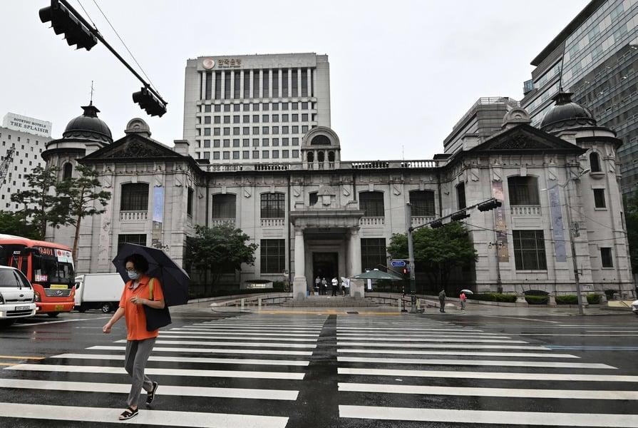 首個加息亞洲經濟體 南韓加息0.25%