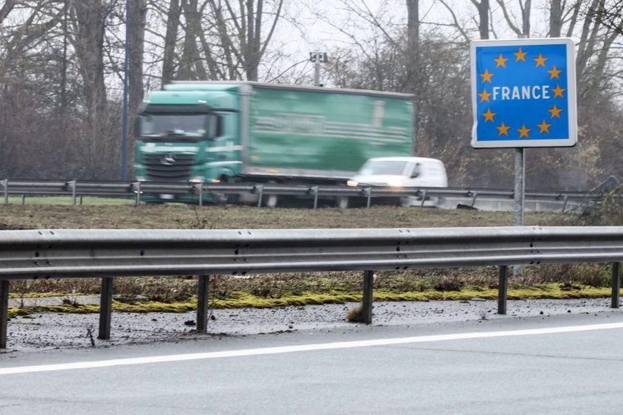 比利時農民意外重劃與法國邊界 引發轟動