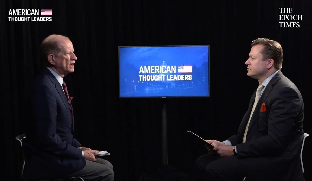 5月中旬,英文《大紀元》資深記者揚・耶凱利克(Jan Jekielek)在 「美國思想領袖」(American Thought Leader)系列節目中,對特朗普政府勞工部長前特別顧問柯提斯・艾立斯(Curtis Ellis)進行了專訪。(影片截圖)