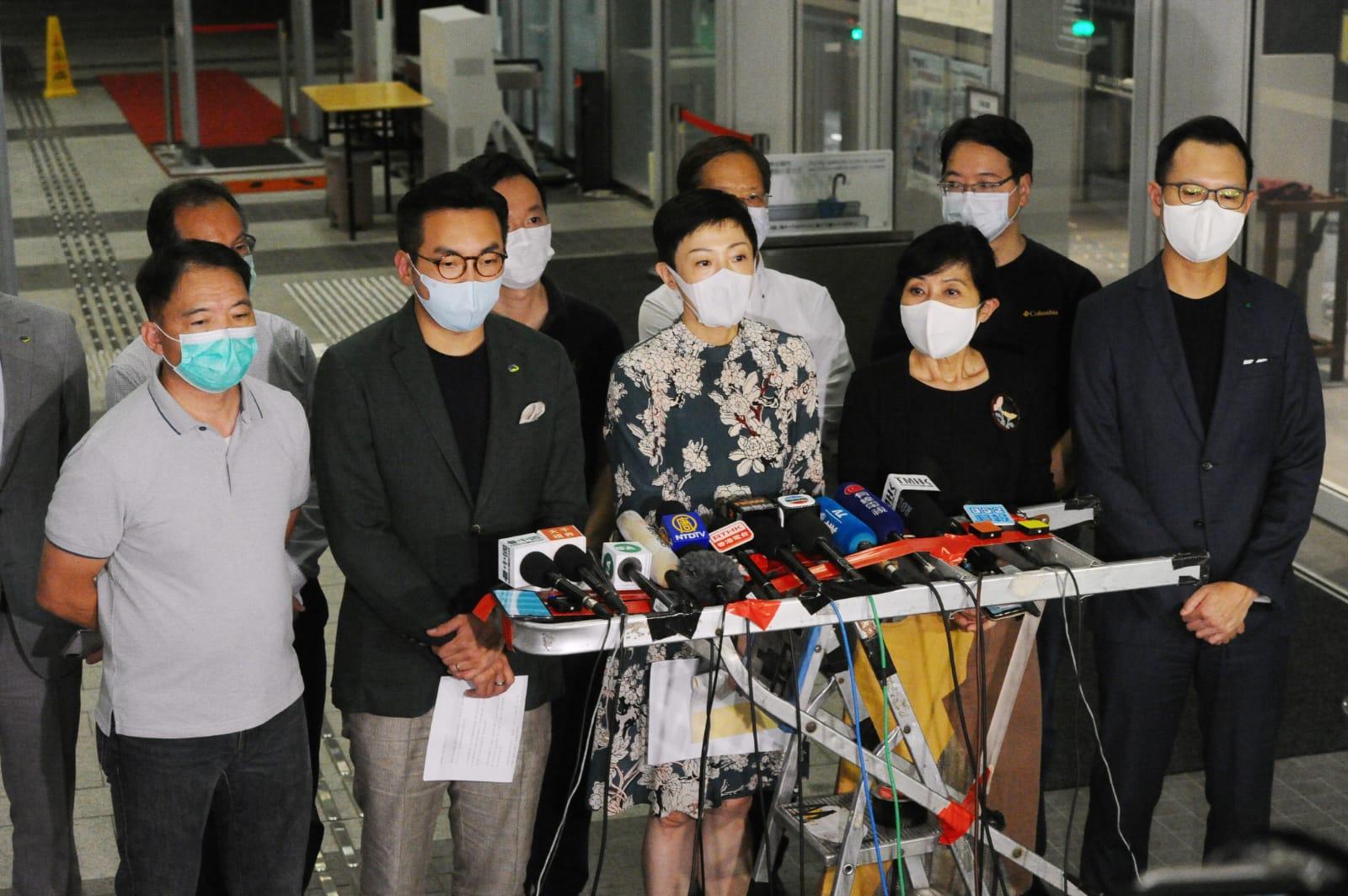中共兩會將討論港版國安法,香港民主派議員回應。(宋碧龍/大紀元)