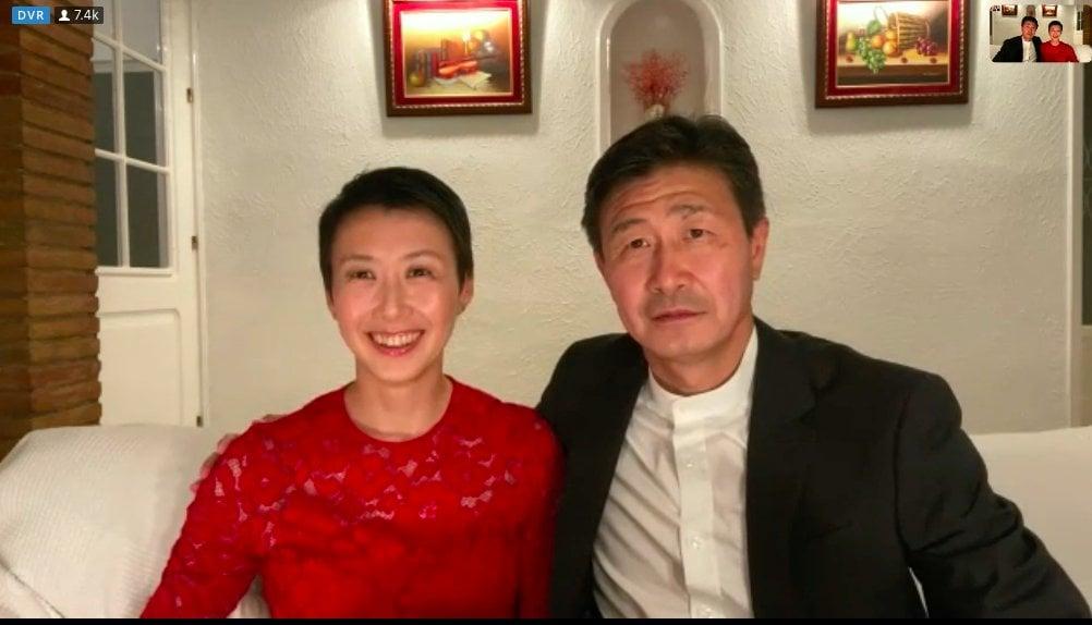 郝海東和妻子接受媒體採訪。(影片截圖)