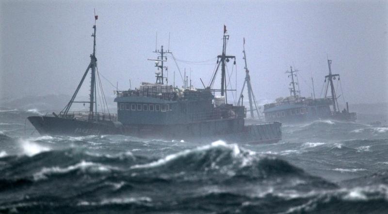 圖為中國漁船。(AFP / YONHAP)