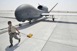美國冷戰後裝備的主力武器 開啟無人機時代