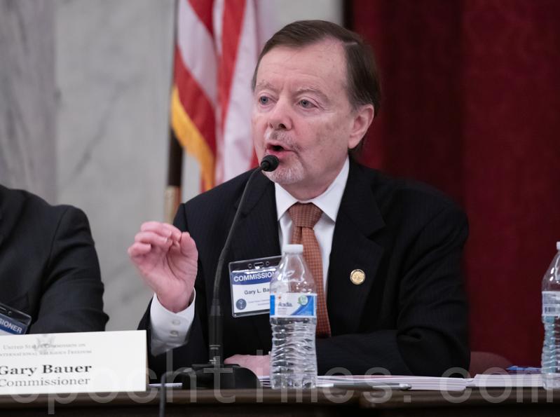 美國國際宗教自由委員會(USCIRF)委員鮑爾(Gary Bauer)(林樂予/大紀元)