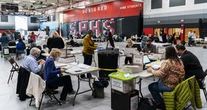 特朗普競選團隊挑戰「郵寄選票」計票系統