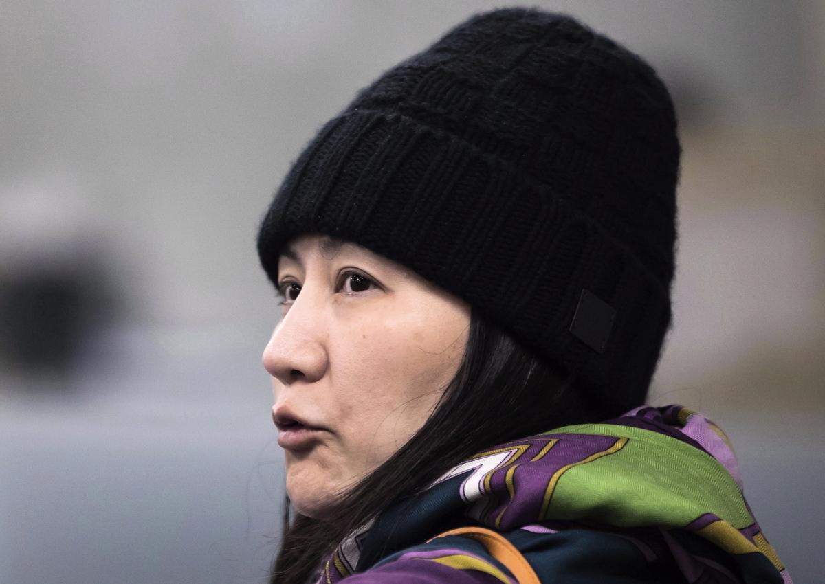去年12月1日,加拿大警方逮捕了孟晚舟,孟被沒收的設備中有3個是蘋果,只有1個華為手機。(加通社)