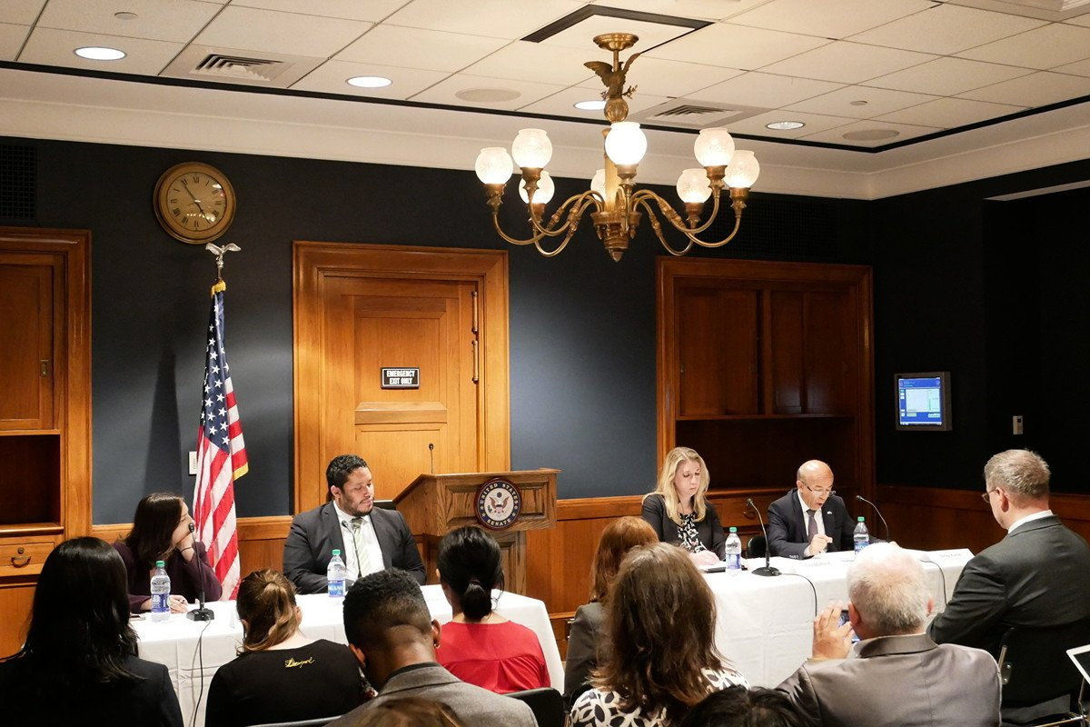 7月24日,美國參議院舉行研討會,關注中共運用高科技手段監控和迫害民眾。(李辰/大紀元)