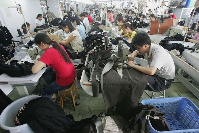廣東東莞曾經有六千多家台資企業,至今已經有二千多家離開了,台資企業的離開已造成500萬名工人失業。圖為東莞一家工廠。(Getty Images)