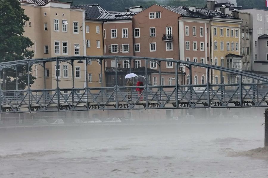 奧地利暴雨成災 多個地區成水鄉澤國