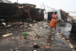 印度和孟加拉國遭颶風襲擊 110萬人疏散