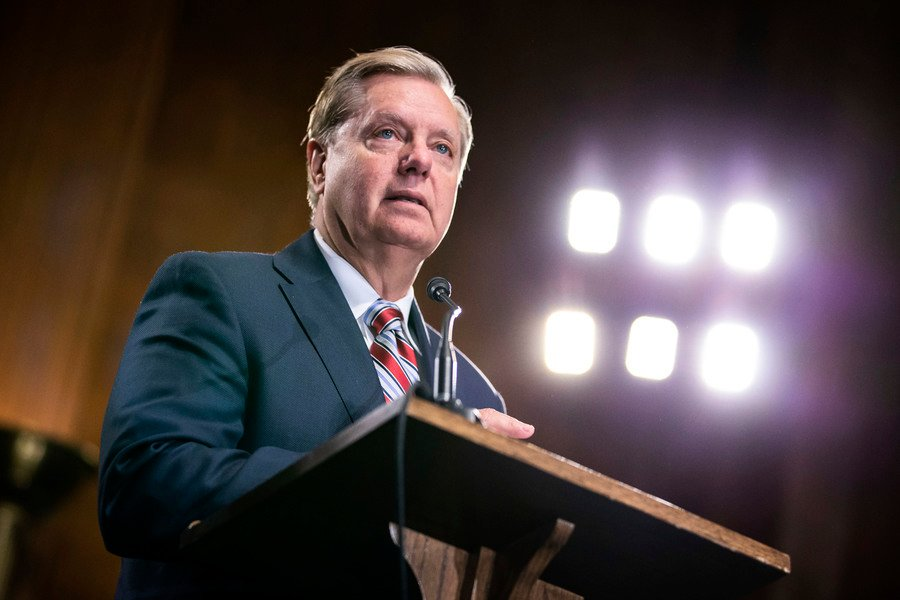 參議員:共和黨人將非常團結地反對彈劾案