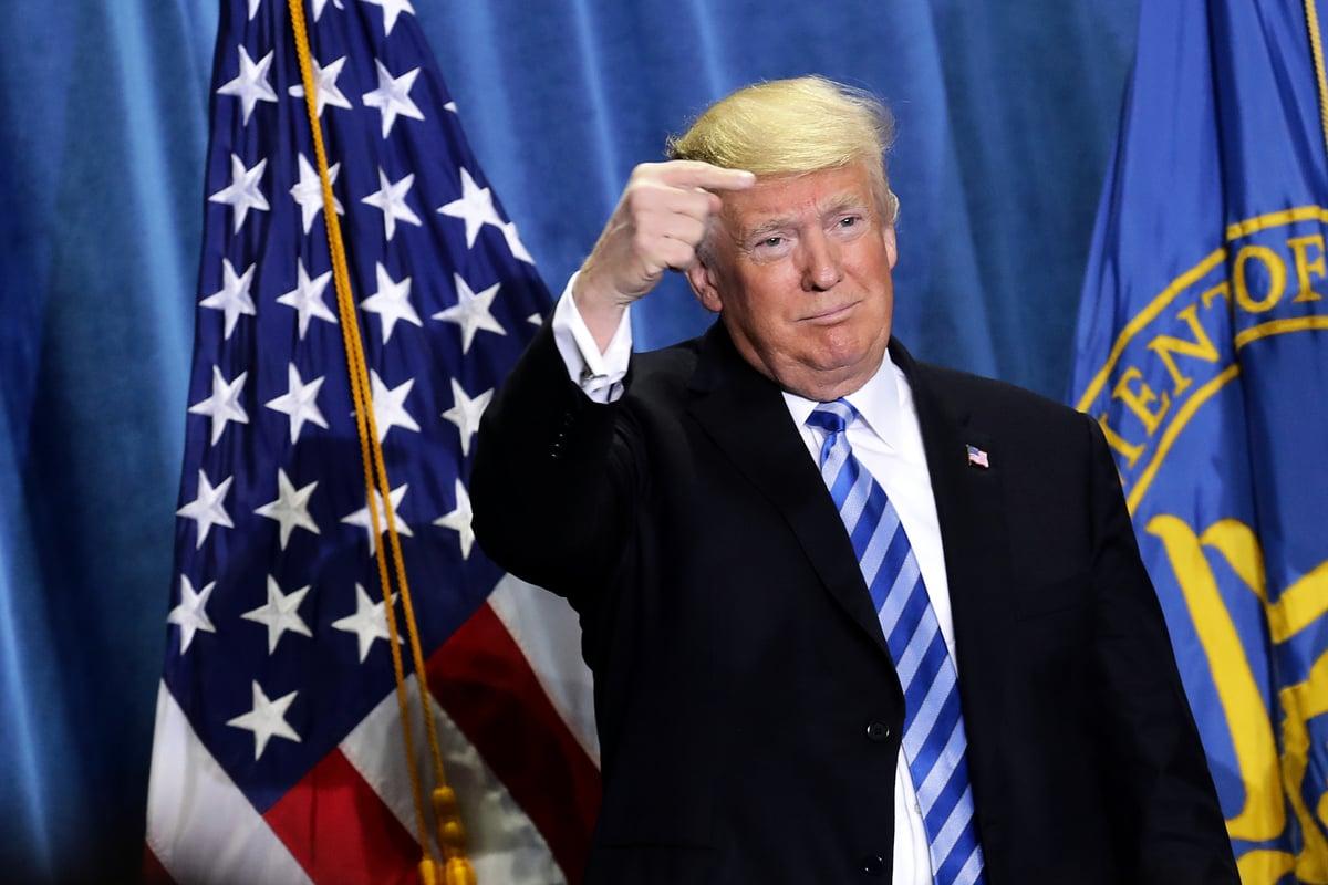 特朗普總統週四(10月25日)宣布,他將努力讓處方藥價格更加公平、更加向其它國家的價格靠攏。(Photo by Chip Somodevilla/Getty Images)