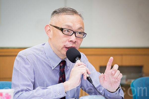 台師大政治研究所教授范世平表示,郭台銘要為「反滲透法」上街頭,他表示尊重,「但附和的人恐怕不多,很難與太陽花學運相提並論。」(陳柏州/大紀元)