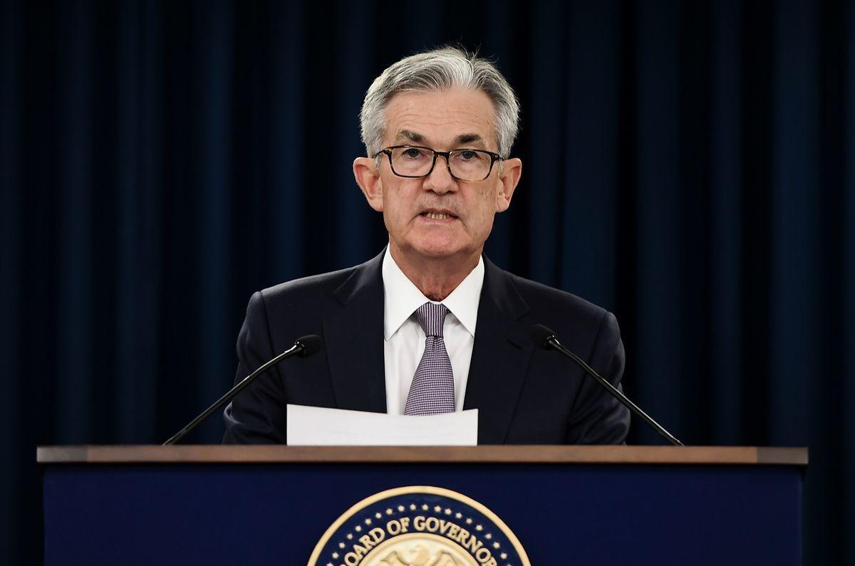 圖為美聯儲主席傑羅姆·鮑威爾(Jerome Powell)在2019年9月一場記者會上發表講話。(OLIVIER DOULIERY/AFP via Getty Image)