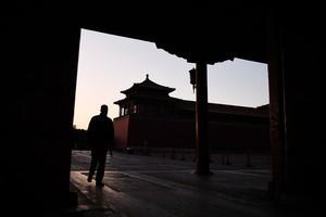 北京強制返京人口隔離14天 武漢人自救