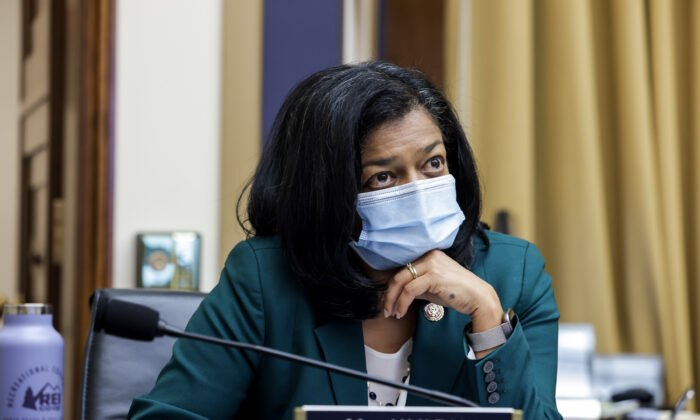 聯席會議後 四名國會議員確診染疫