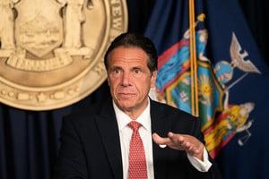 紐約州全體民主黨國會議員呼籲科莫辭職