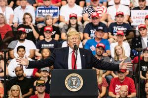 特朗普對華強硬政策 專家:喚醒了美國