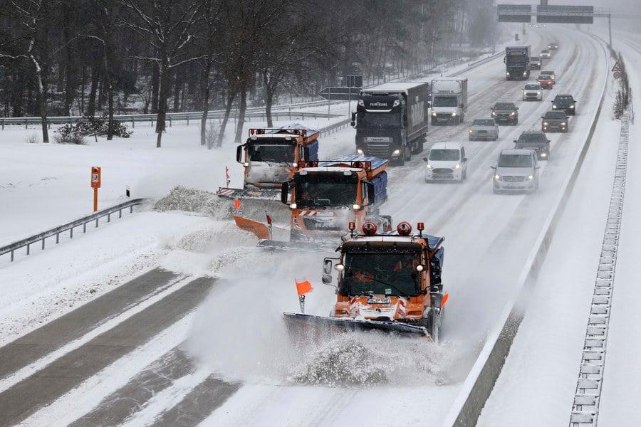 組圖:德國遭遇暴風雪 鐵路公路交通受阻