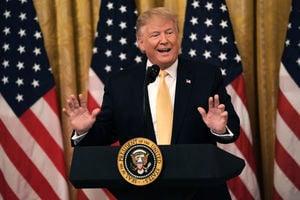 特朗普白宮主持社媒峰會 支持保守派自由發聲