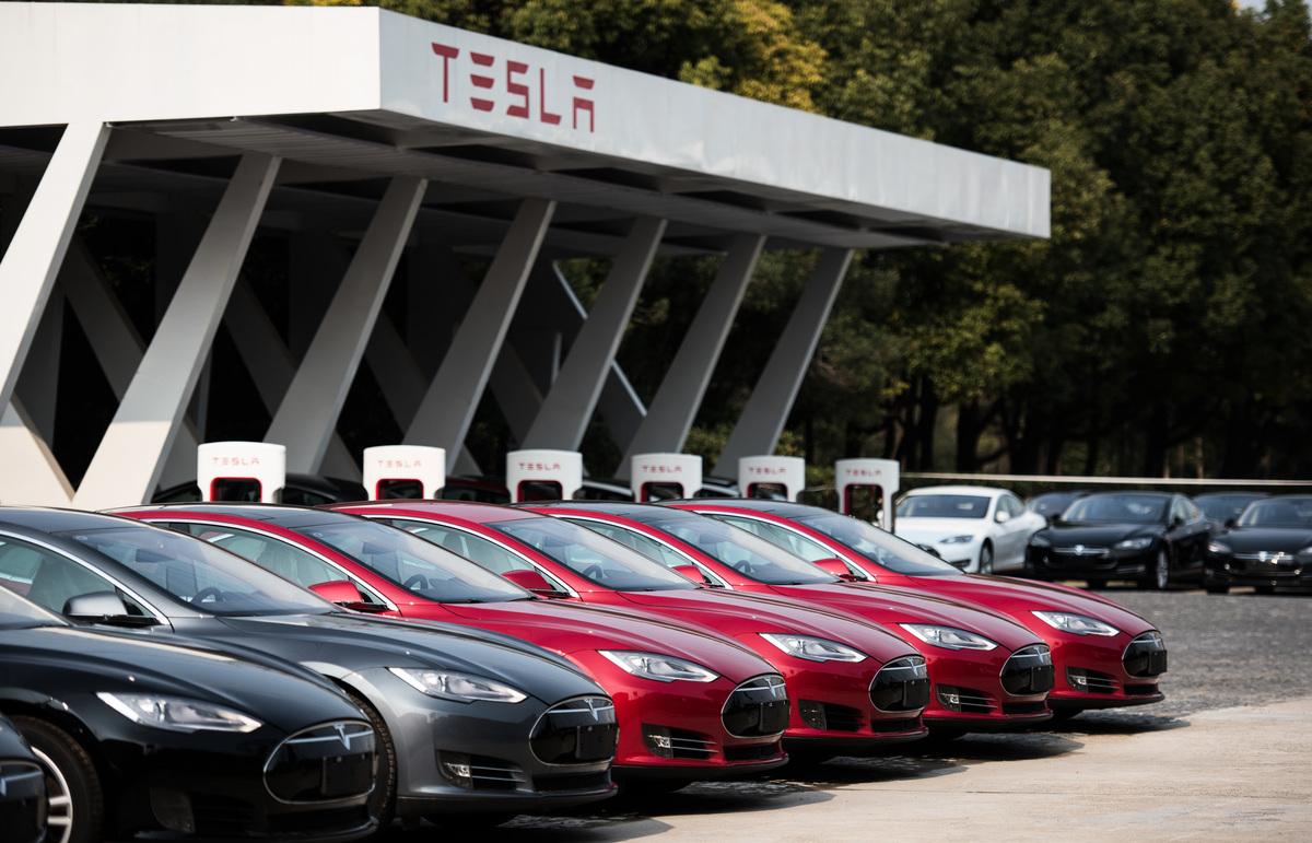 中共五部門聯合約談Tesla。(JOHANNES EISELE/AFP via Getty Images)