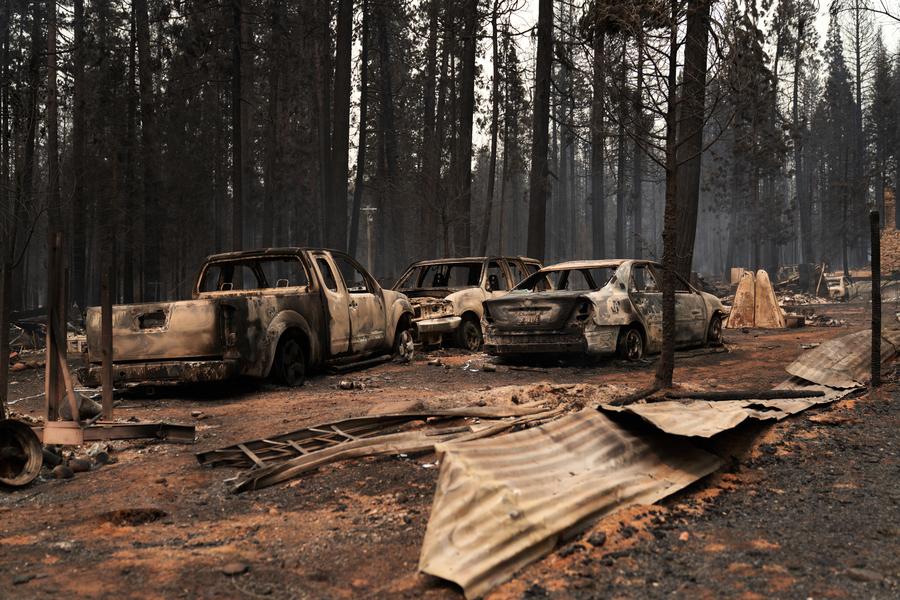 卡爾多山火快速擴散 近7000建築物受威脅
