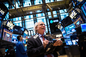 美聯儲3月或減息 道指大漲1293點 史上最強