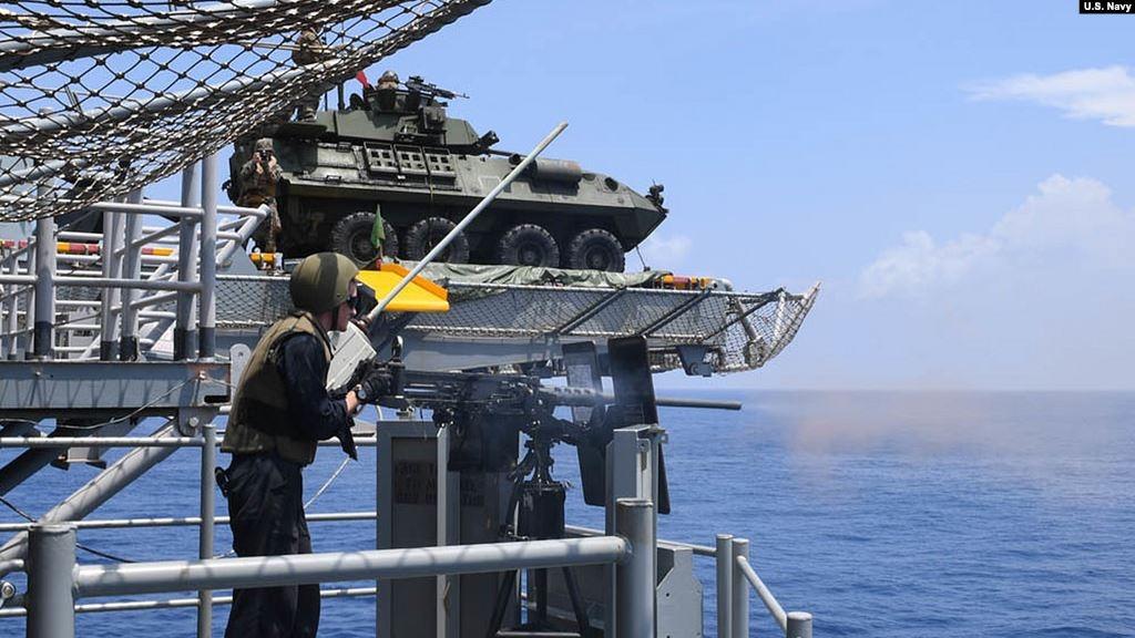 美軍在南中國海演習資料照。(US NAVY/美國之音)