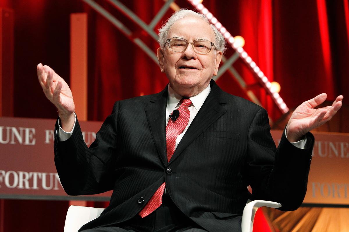 著名投資者沃倫·巴菲特(Warren Buffett)本周買進美國銀行3,390萬股股票。(Paul Morigi/Getty Images)