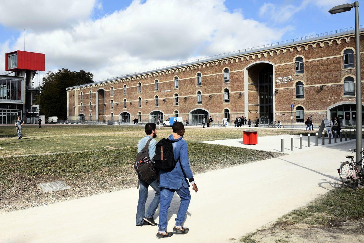 圖為法國北部亞眠的皮卡迪儒勒·弗內斯大學(UPJV),跟本文無關。(FRANCOIS LO PRESTI/AFP via Getty Images)