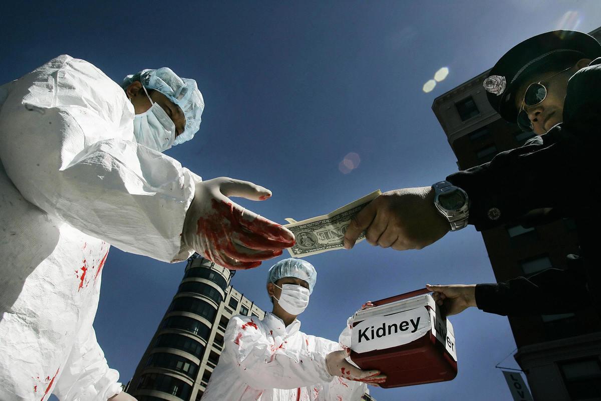中共迫害法輪功學員,活摘被關押學員器官的行為還在持續。示意圖。 (Getty Images)