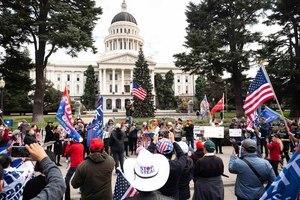 安提法騷擾挺特集會 民眾盼捍衛美國自由