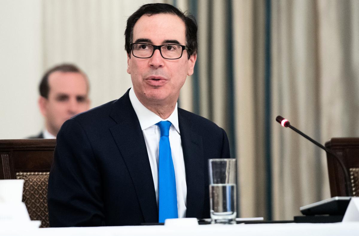 美國財政部長史蒂芬・姆欽(Steven Mnuchin)6月23日表示,如果北京不允許美國公司在中國經濟中進行公平、平等的競爭,將導致美國和中國經濟脫鉤。(SAUL LOEB/AFP)