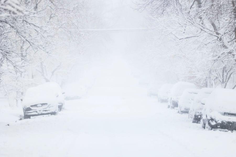 美科羅拉多州遭暴風雪襲擊 逾兩千航班取消