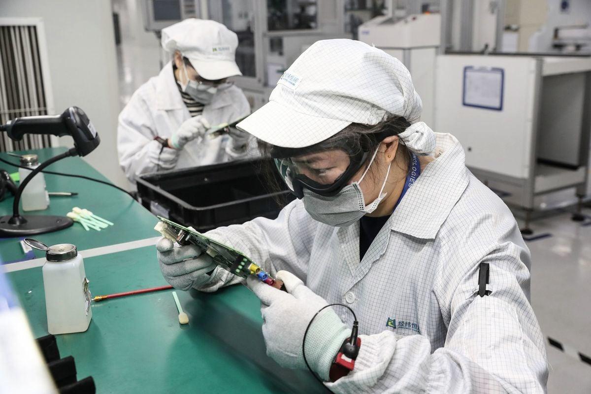 與中國有密切合作的美國業者透露,中共肺炎疫情的影響遠高於關稅,中國恐出現中小企業的倒閉潮。(STR/AFP via Getty Images)