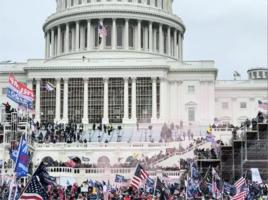 左翼人士鼓動抗議者闖入國會大廈 勸警方離開